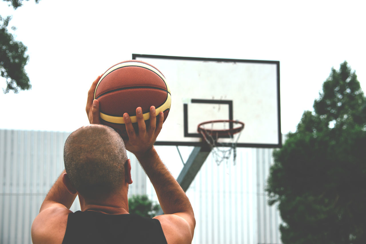Beautiful stock photos of sport,  35-39 Years,  Aiming,  Basketball - Sport,  Casual Clothing