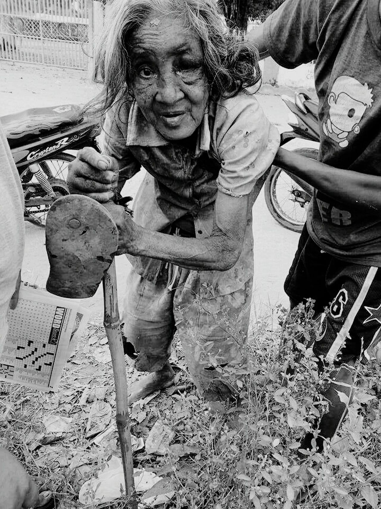 Struggle For Life Needs Love Needs Care Needs Help Needs Homes A Mother's Storygodbless this oldwoman Truestory Daretostare Streetphotography Eyeem Philippines