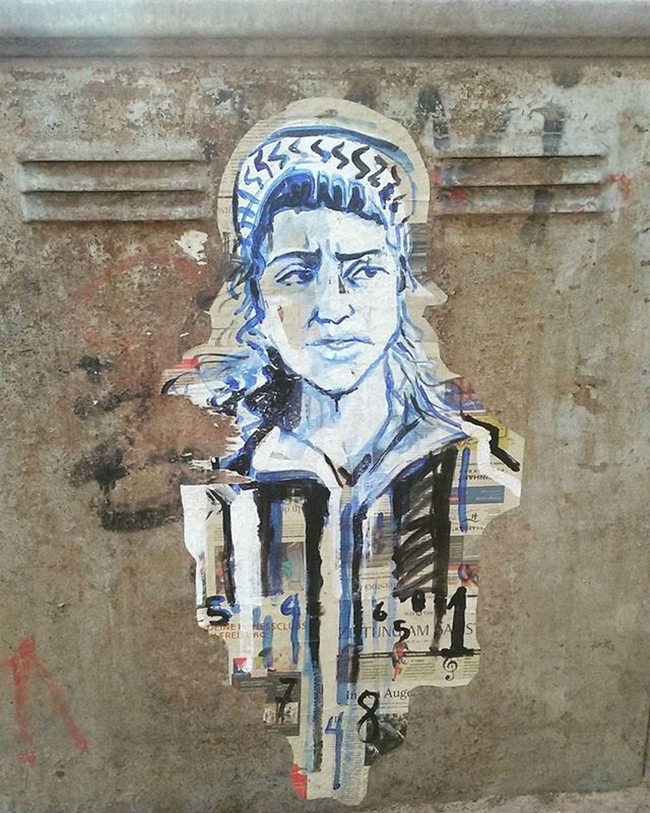 Streetart Drawing Woman Graffiti Athens Greece Athensstreetart Instapic Instalike Instadaily Picoftheday Pictureoftheday Instastreetart Instaathens Athensvoice Popagandagr Lifo