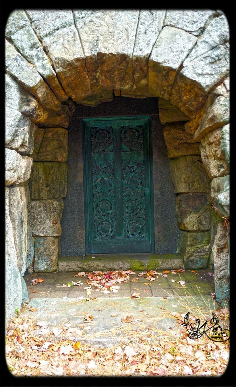 Tcwphotography.com Cemeteryscape Old Doors