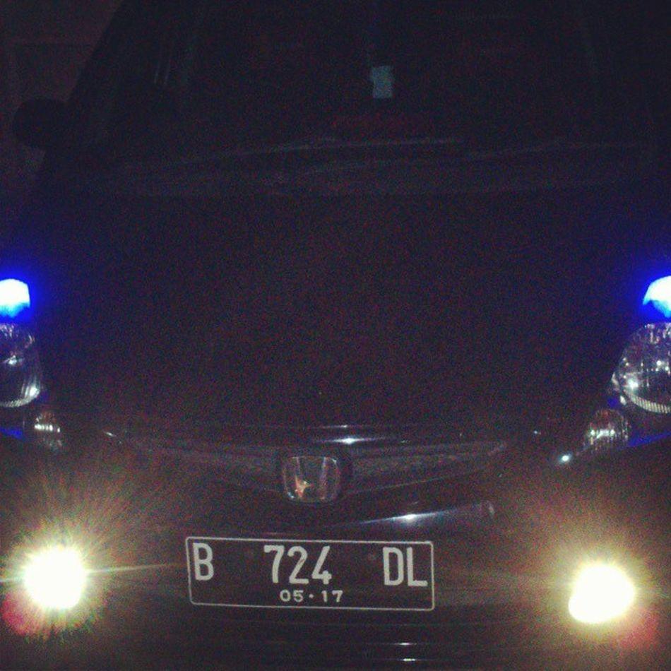 Gerobak besi kesayangan istri. Gerobakbesi Honda Jazz Fit car 724 citycar fog lamp platB drive automatic transmission