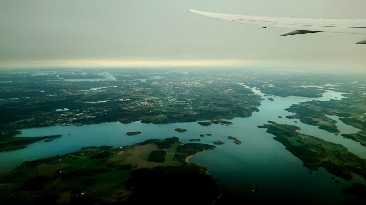 Round Earth Bye Bye In Flight Stockholm, Beauty On Water