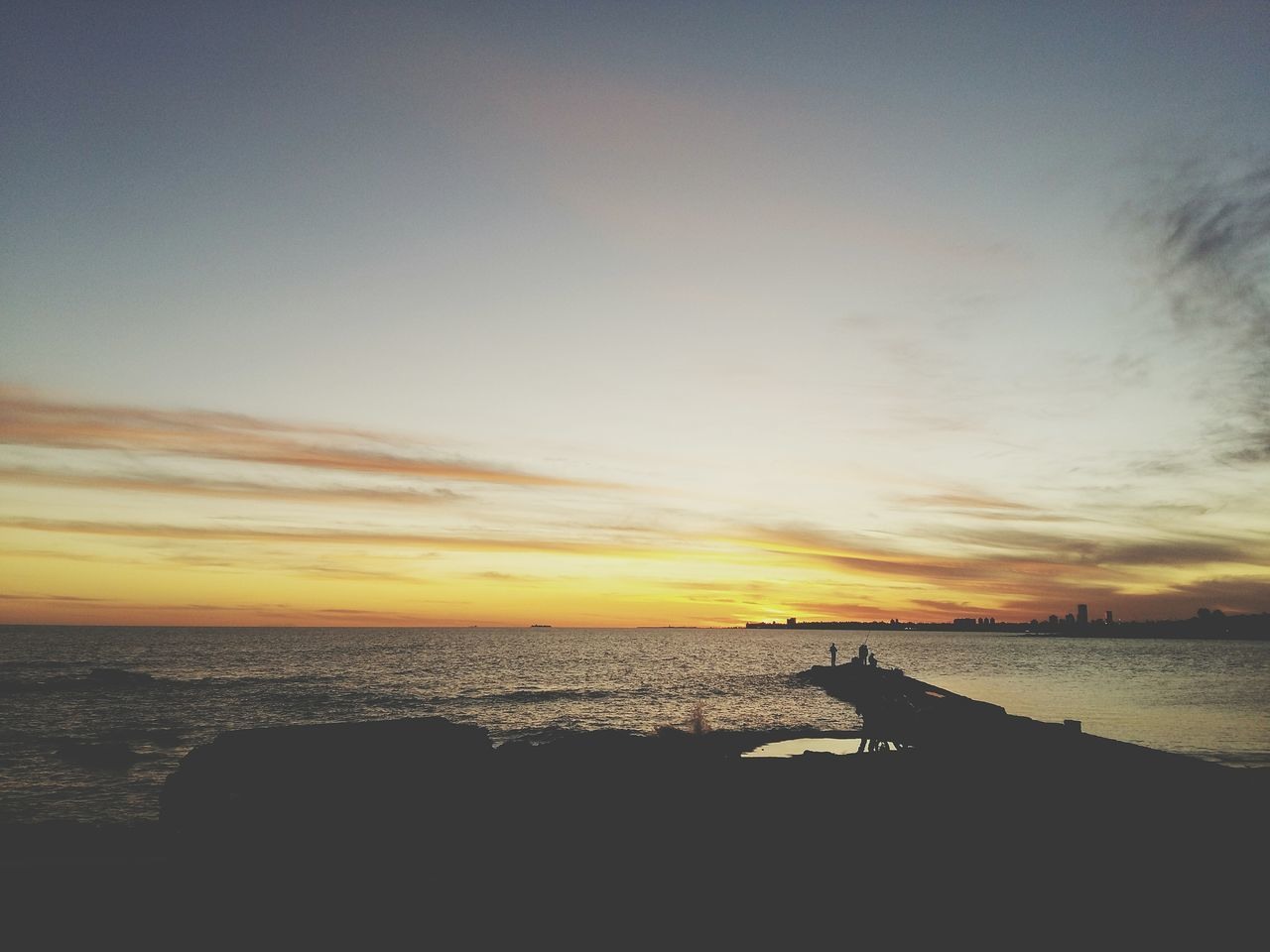 End of day (fin del día) Taking Photos EyeEm Best Shots Photo Photography Eye4photography  Samsung Afternoon Likeforlike Moments Capture The Moment EyeEm Deceptively Simple I Love My City Enjoying Life Coastline Sunset Relaxing