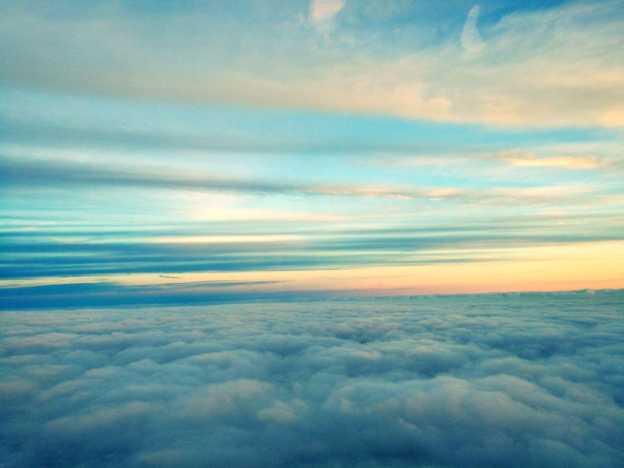 Cloud - Sky Sky Outdoors No People Flying Heaven Heaven♥ Heavenly Heavenly Clouds Heaven небеса небо небо облака небо⛅️ небо и облака