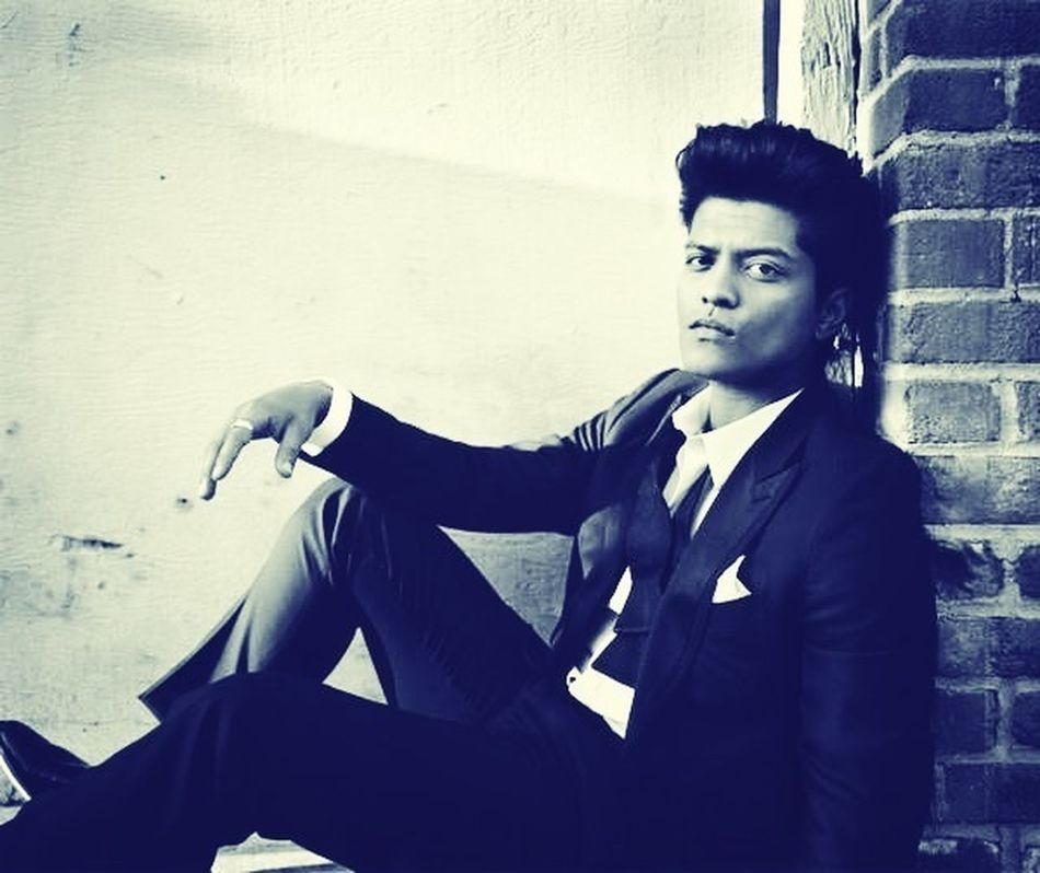 Bruno Mars The Best Singer In The Hole World I LOVE HIM♥ Oh Sexy Boy So Sexy Boy My Babyyyy ♥