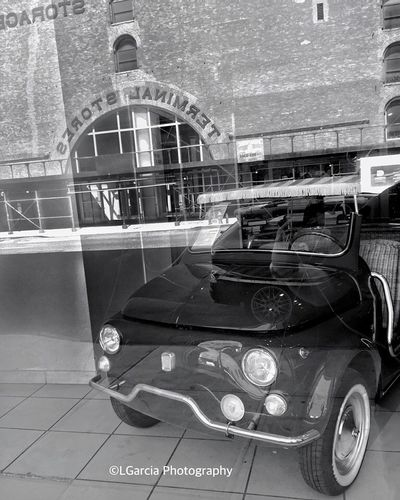 Showroom Seven. Showroom Seven New York Newyorkcity New York City EyeEm Best Shots - Black + White Blackandwhite Photography IPhone Photography Black And White Eye4black&white  LGarciaPhotography Monochrome I Love New York Streetphotography Urban Photography Light And Shadow Reflection Architecture EyeEm Best Shots Streetphoto_bw Vintage Cars Classic Cars Muscle Cars EyeEm Best Edits The Best Of New York HDR