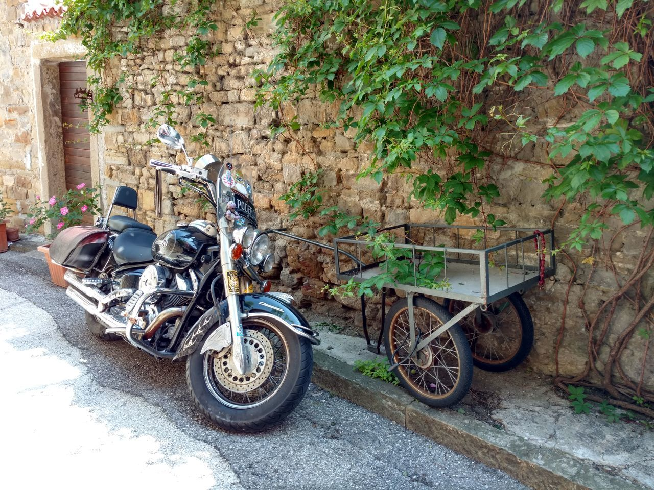 Old and New 😁 Popolari City Life EyeEm Gallery The Architect - 2017 EyeEm Awards The Great Outdoors - 2017 EyeEm Awards Italian Motorcycling Motorcyle Transportation Mode Of Transport No People Day EyeEm Best Shots Architecture Muggia Muggialive EyeEmNewHere New Old