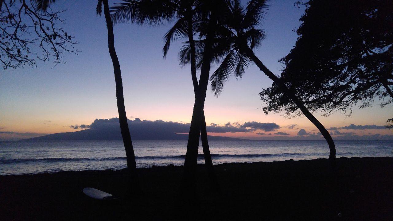 Maui Hawaii Maui Sunset Mauiphotography Mauinokaoi Launiupoko Surfing Paradise