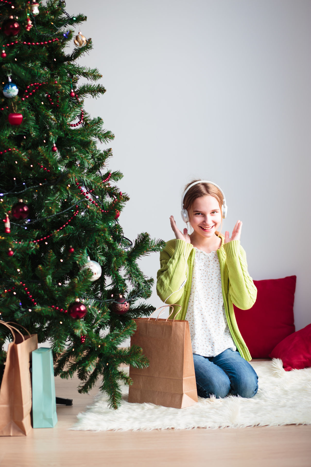 Beautiful stock photos of weihnachtsbaum,  12-13 Years,  Arms Raised,  Blanket,  Blond Hair