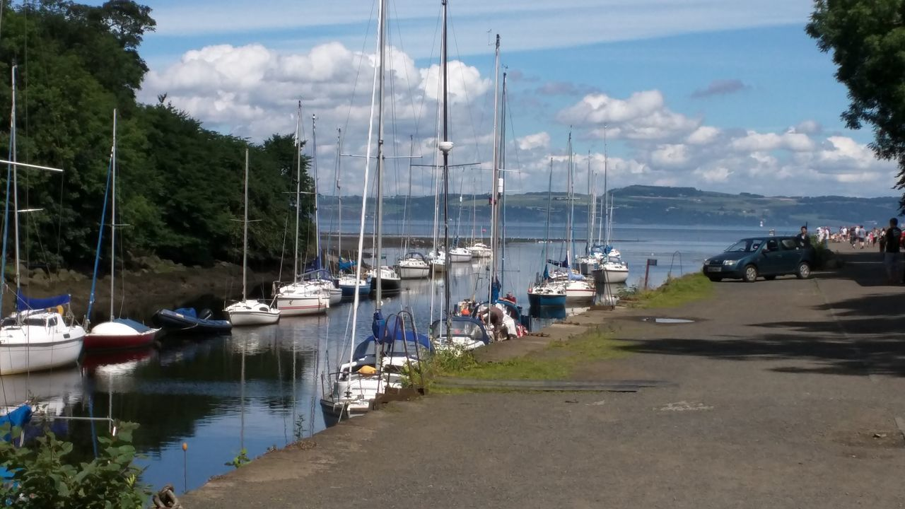 edinburgh Docks Boats Cramond