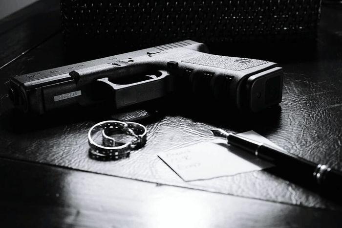 Finding beauty in the Glock. Noir Glock19 Fountain Pen Black And White GLOCK Guns
