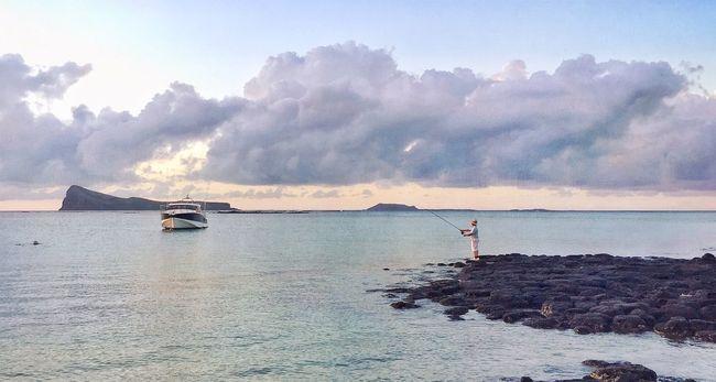 Un air d'été EyeEm Nature Lover Mauritius NEM GoodKarma Iphoneonly Sea And Sky Seascape Fisherman