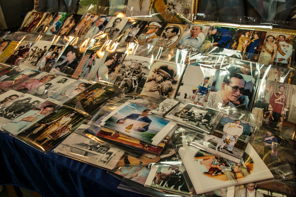 Bangkok Bangkok Thailand. Bhumibol King King Of Thailand Photos Postcards Street Photography Streetphotography Thailand Travel Travellover
