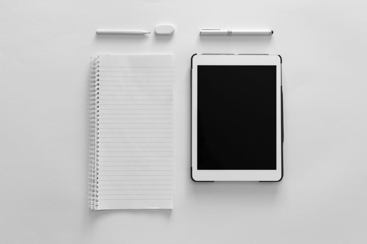 Old vs new - TakeoverContrast The Color Of Business Close-up White Background Studio Shot Contrasts Close Up Technology Exceptional Photographs Modern Black And White Black & White Geometric Shape EyeEm Best Edits Old Vs New Business Minimalism Tablet Paper Pen Screen Still Life Still Life Photography Monochrome Photography Mobile Conversations