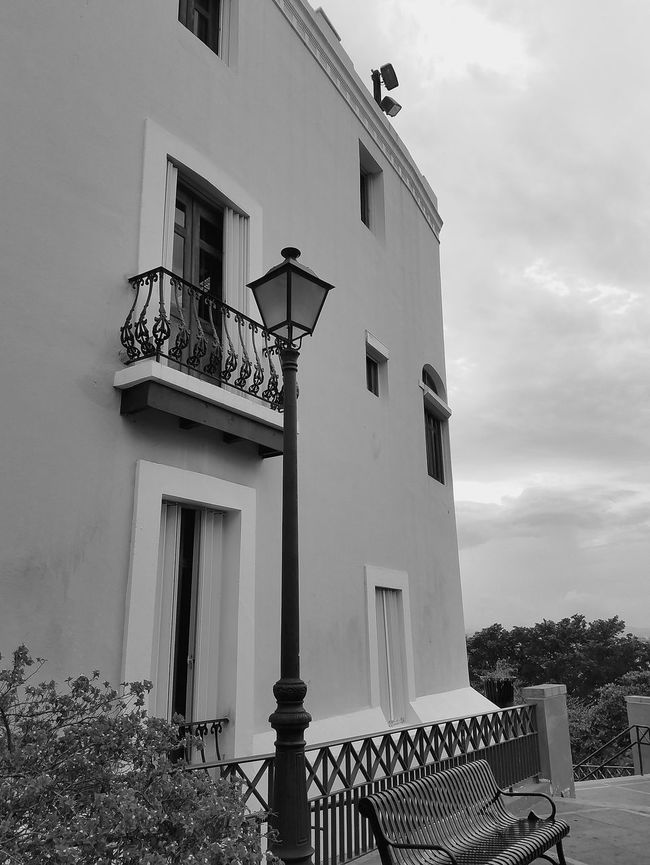 Popular Photos Architectureporn Urban Exploration Streetphotography Open Edit Perspective Monochrome Photography Walking Around The City  Architectural Detail City And Nature Simple Elegance San Juan PR Architecture