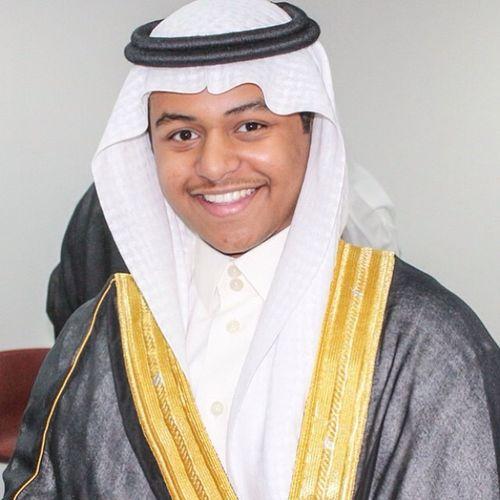 تخرجنا من ثانوية_الإمام_النووي الحمد لله بعد ١٢سنة دراسة ودعناها اتمنى للكل التوفيق.