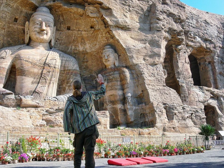 Day One Person Travel Destinations Architecture One Man Only Adults Only Beauty In Nature Nature Outdoors High Five Highfive Buddha Buddhism Statue From Behind Behind Back Yungang Yungang Grottoes China Datong Rock Carved Ancient People TCPM