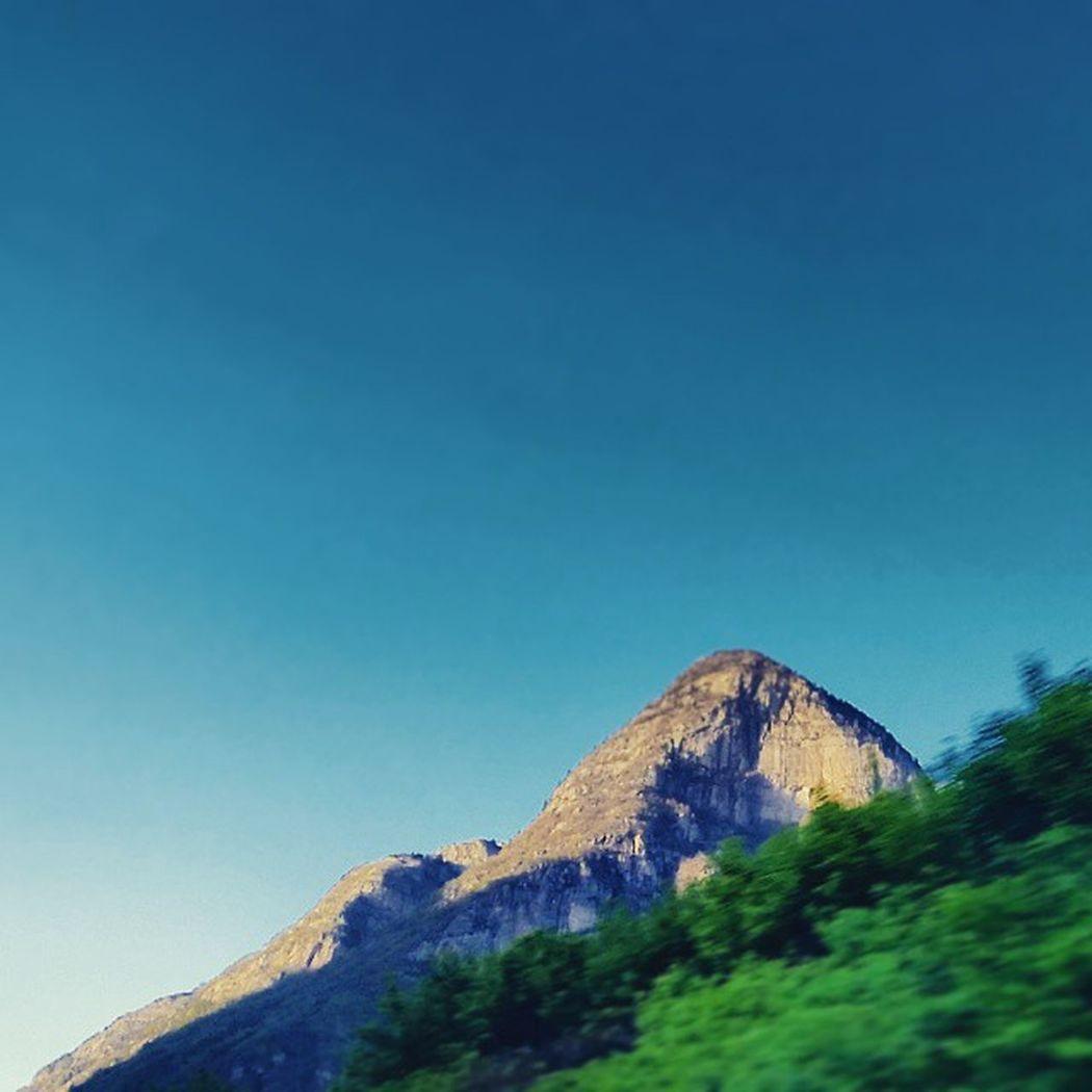 Schöne Schweiz Worlderlust Discoverearth Worldplaces World Igerswiss Iloveswitzerland Tlpics Love_switzerland Switzerland_vacations Visitswitzerland Visitticino Myswitzerland Photosswitzerland Postcard Worldunion InLOVEwithSwitzerland Super_switzerland Beautifulswitzerlan Switzerlandwonderland