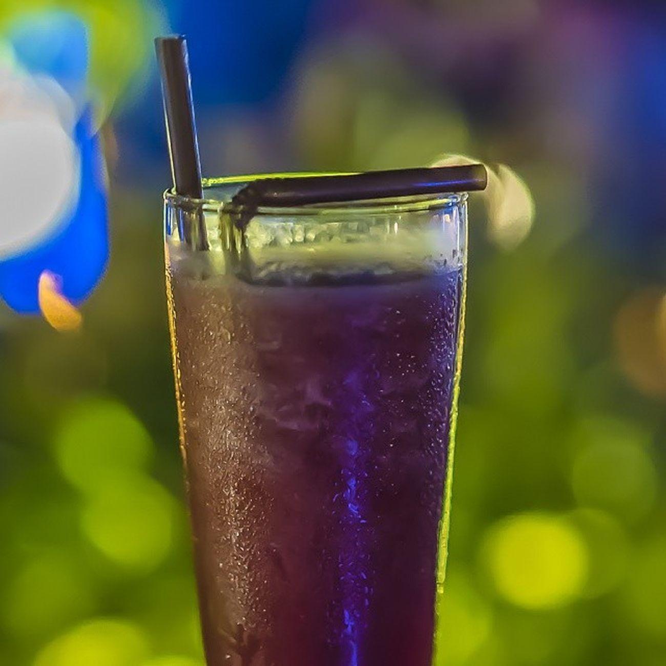 Water melon juice Phnom Penh Phnompenh. Somewhere In Phnom Penh Phnom Cambodian Cambodia Tour Phnom Pehn Mekong River Tonlesap River Mekong In Cambodia Only In Cambodia Cambodge Cambodia Kampuchea Phnompenh Cocktails Cocktail Cocktails🍹 Bar Cocktail Bar