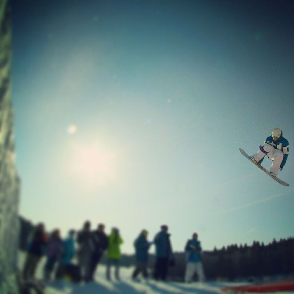 Shaksha Burton  Snowboarding Snow