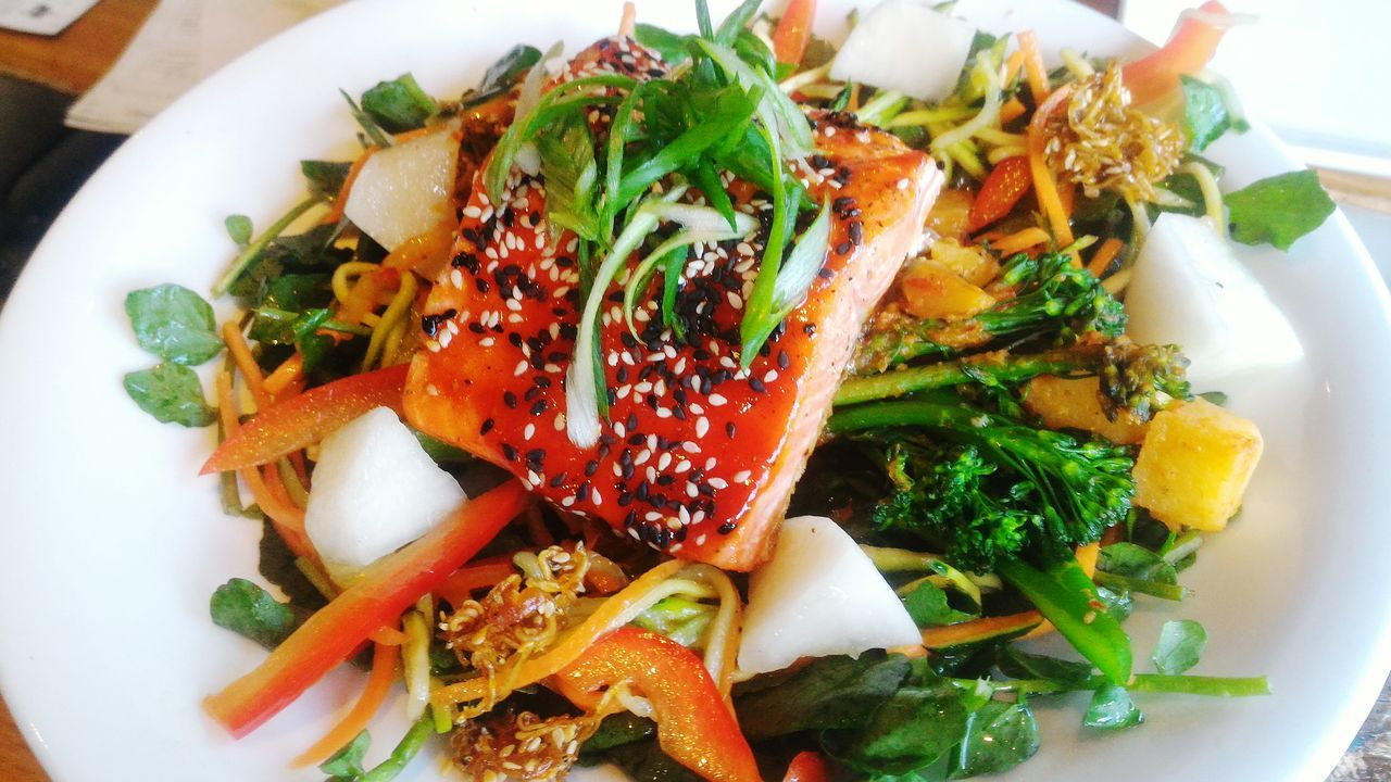 Salmon Salad Salmon - Seafood Food Freshness Healthy Eating Seafood Dish Of The Day Seafood Restaurant Food Preparation Dinner Lunch Plating Fish