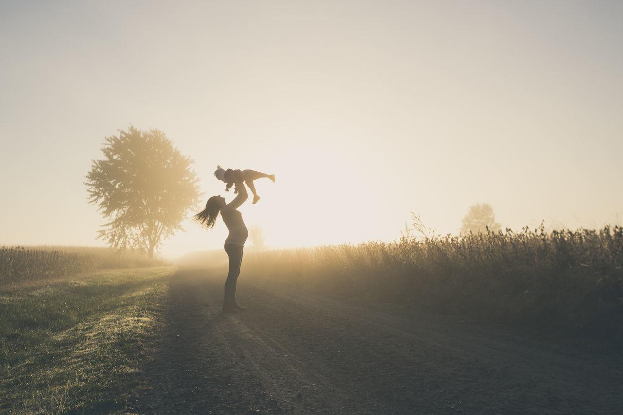 Beautiful stock photos of schwangerschaft, full length, one person, standing, leisure activity