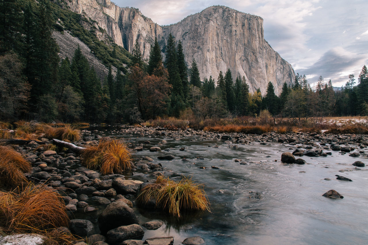 Yosemite valley. Advemture Beauty In Nature Day Dramatic Sky Forest Lake Landscape Mountain Mountain Range Nature No People Outdoors River Scenics Sky Tree Water Yosemite Yosemite National Park Fresh On Market 2016