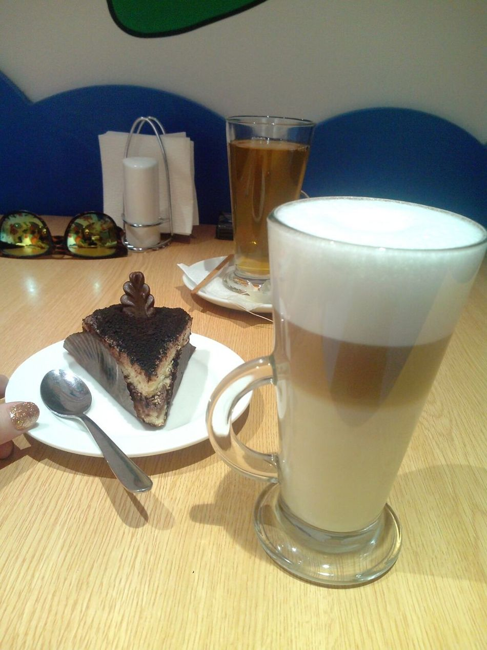 Cafe Desert Coffee Coffee Time Tea Cafe Latte Relaxing Time Ready-to-eat Dessert Food And Drink Sweet Food Sweet Sunglasses