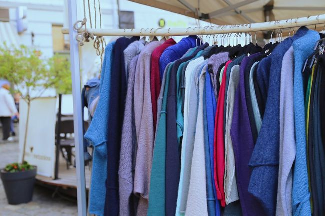 Business Street Street Fashion Fashion Trader Cityscapes Clothes Clothing Clothes Hanging Outdoors Shop Fleamarket Flea Markets Flea Market Marketplace Market Fabrik Jumpers  Jumper