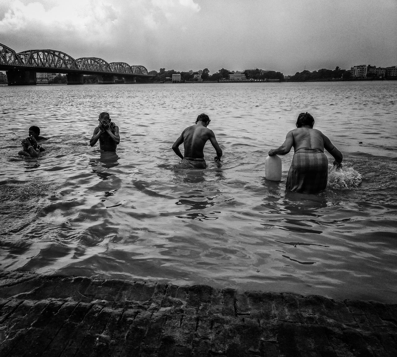 Men never commit evil so fully and joyfully as when they do it for religious convictions - ✍Blaise Pascal✍ People bathing in Holy Ganges and throwing other relegious things, in hope of redemption and making it not so Holy😑😑.. It's not that i don't believe in god or something, it's just that i don't believe in the god we have created. (PS- captured by mobile) Punctum Photography Monochrome Photography Dakshineswar Kali Temple Kolkata Blackandwhite Black And White Bw Ganga River Ganga Ghat Ganges Ganges River People Watching People Bathing Bathing In Ganga Bathing In River EyeEm Best Shots EyeEm Best Shots - Nature Nature Photography Human Men Still Life Exceptional Photographs EyeEm Best Shots - Black + White Thames River Thames