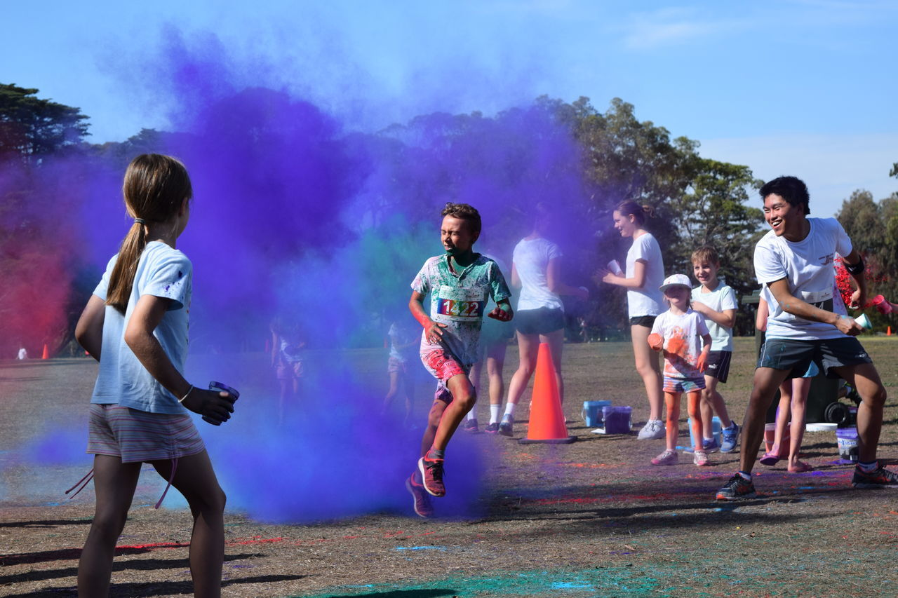 Color run Capture The Moment Color Runners Competing Competition Exercise Funrun Happy People Kids Running Shutterspeed Summer Summertime