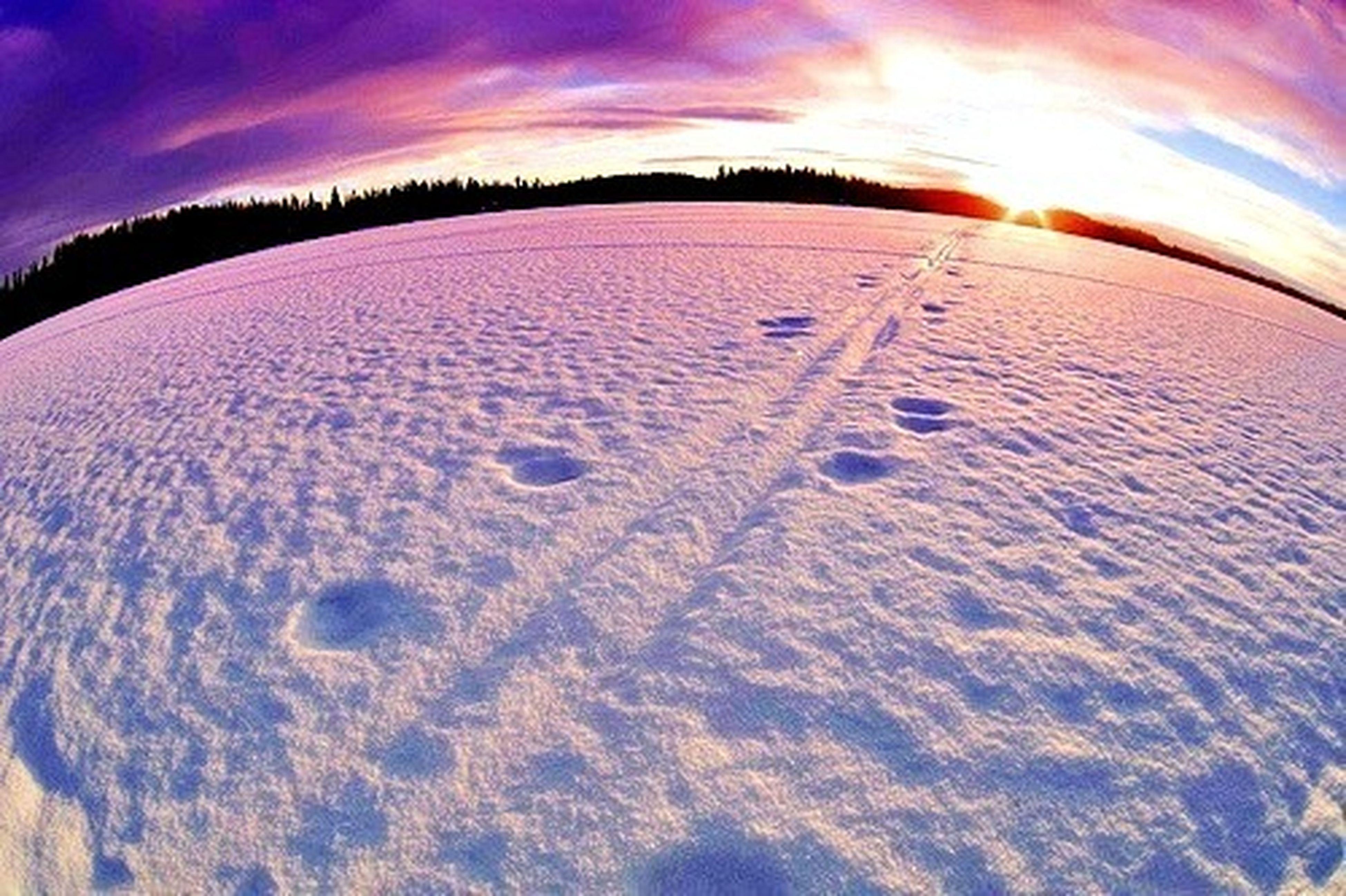 sunset, sky, cloud - sky, scenics, tranquil scene, beauty in nature, tranquility, nature, weather, sun, landscape, sand, cloud, cold temperature, snow, sunlight, idyllic, outdoors, cloudy, orange color