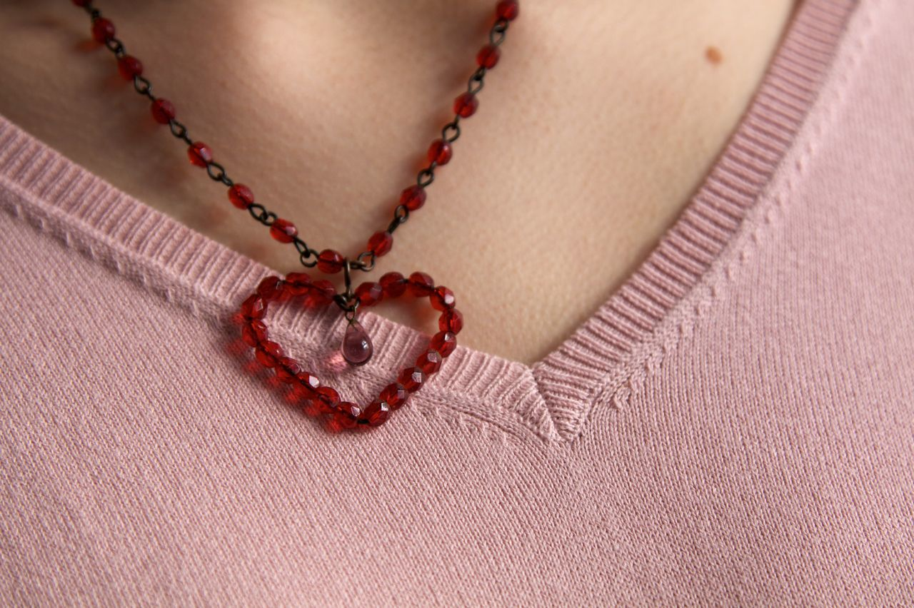 Love is in the air... Close-up Dekolleté Fashion Photography Fashion&love&beauty Heart Heart ❤ Jewellery Jewelry Light And Shadow Love ♥ Lovelovelove Necklace One Person People Pink Red Color Woman Young Woman