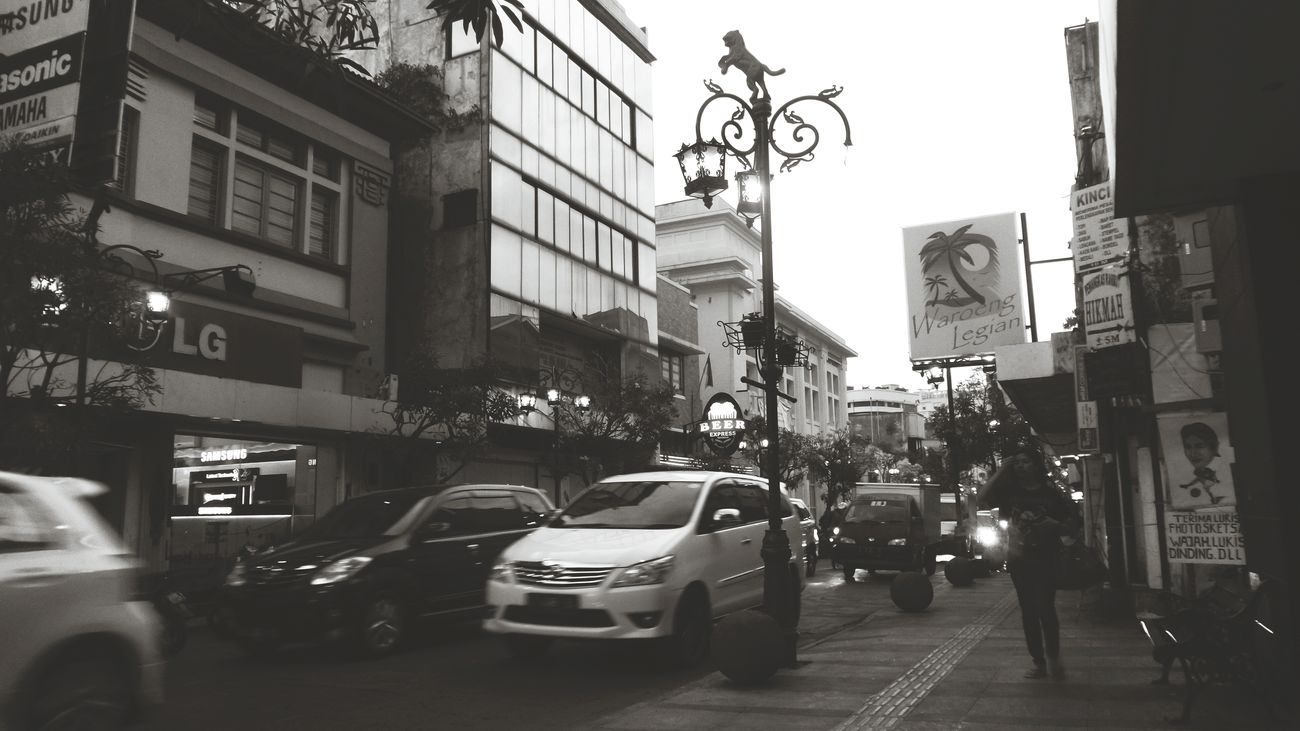 Braga memiliki kisah tersendiri untukku Sightseeing Braga Walking Around INDONESIA Indonesia Heritage