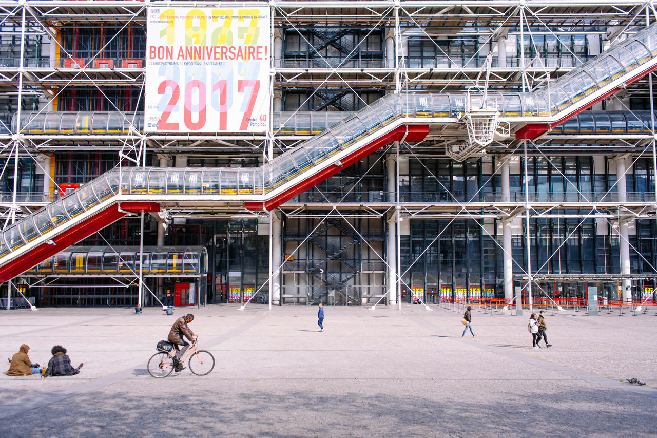 Le Centre Pompidou Art Bicycle Capital Cities  City France Museum Neighborhood Map Paris Pompidou Streetlife Urban