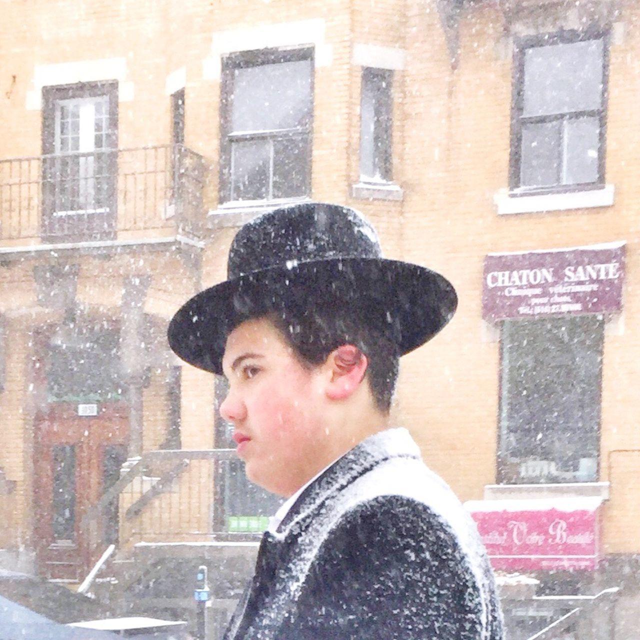 Chaton santé One Person Streetphotography AMPt Community Snow