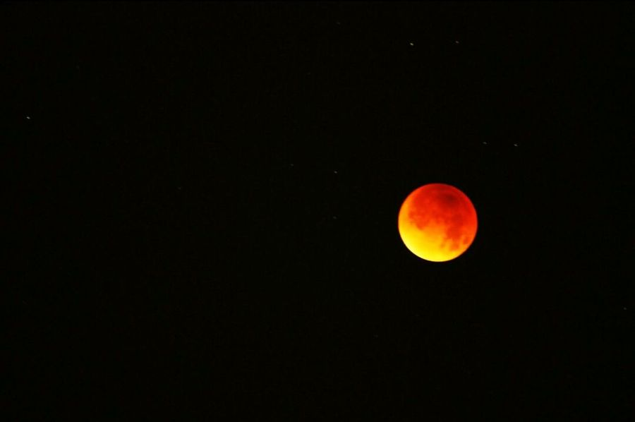 Moon Eclipse Blood Moon Eclipse Blood Moon 2015 Stars Nigth 🌜⭐️ Night Sky 2am Amazing Nature Awesome_view 🌕✨🌠🌟🌃 Northolt Exciting