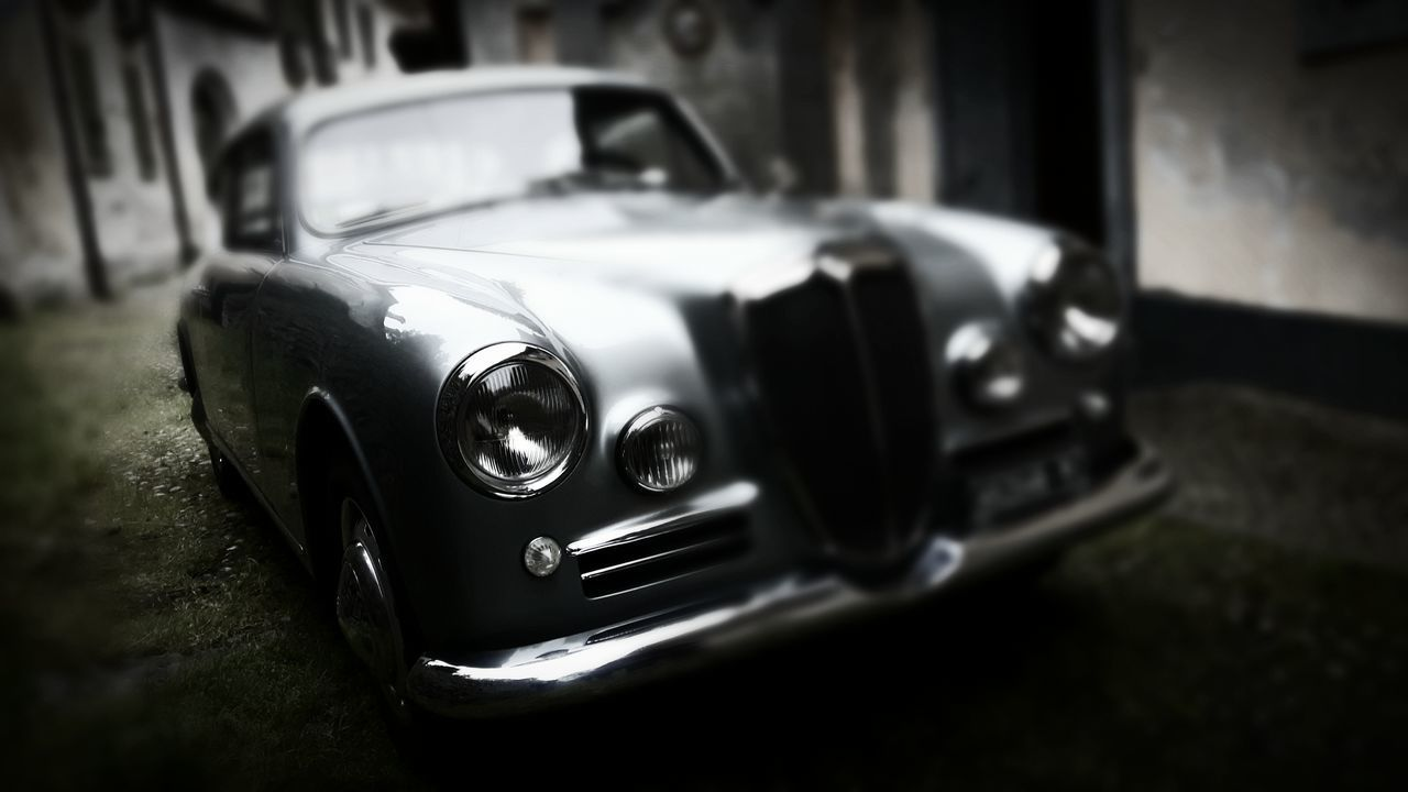 Car Headlight Retro Styled Old-fashioned Mode Of Transport Land Vehicle No People Close-up Day EyeEmNewHere Lancia Luxury Italian Style Black And White