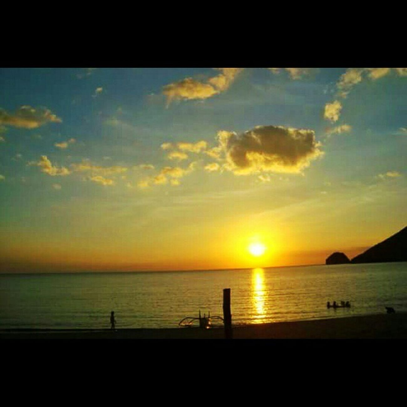 Different hues of 🌇 sunset @LetstagApp Anawangin Zambales Philippines Beach summer itsmorefuninthephilippines travel camping cove nature southcliff goodlife sand naturelovers wanderlust travelph instatravel beachlife bestshots_ph explorer iloveph lovephilippines islandhopping sunset travelogue12 sun globejetsetter lonelyplanet oneworldjustgo philippines pinas