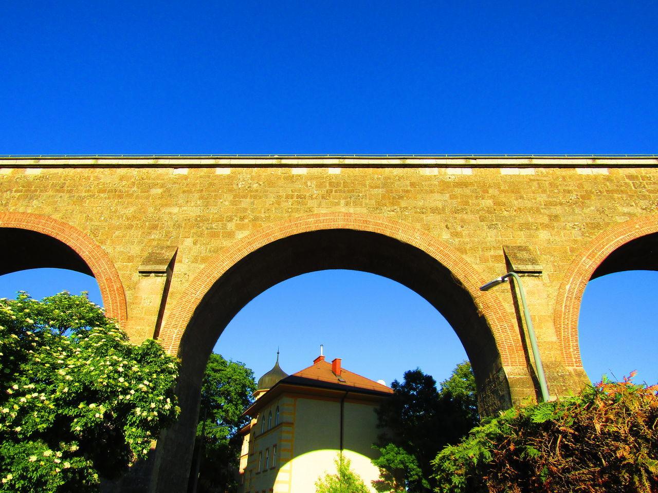 Viadukt Aquaduct Aquädukt Wien Vienna Austria Liesing Viaduct Clear Sky Low Angle View Outdoors Sunny Built Structure Architecture Arch