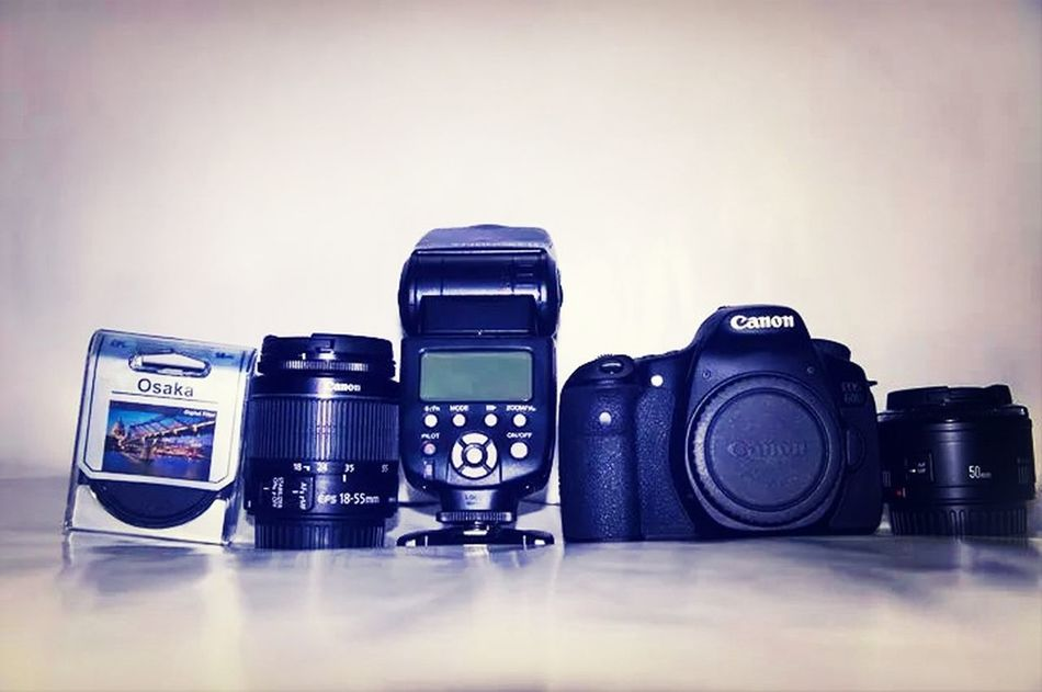 My photography kit canon 60d ,50mm 1.8 mark II , 18 to 55mm, circular polarizer filter, Yongnuo YN 565 EX II Flashe Taking Photos Photography Canon 60d Hi!