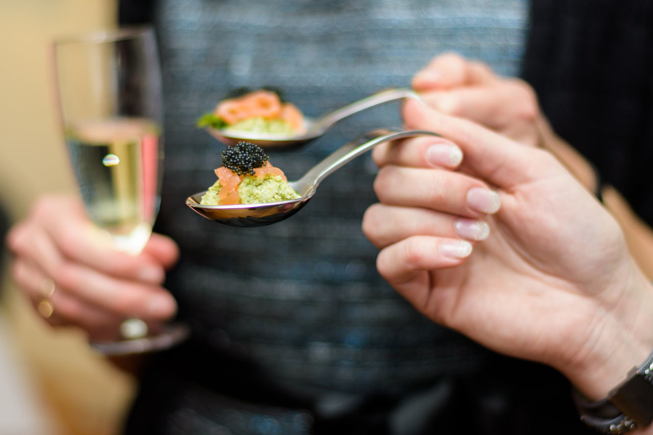 Women holding Spoons with Appetizers of Avocado Salmon and Black Caviar Aperitif Aperitivo  Aperitivo Time Appetizer Appetizers Caviar Champagne Close-up Food Food And Drink Food Photography Food Porn Food Porn Awards Foodgasm Foodie Foodphotography Foodpics Foodporn Glass Hands Healthy Eating Human Hand Lifestyles Nails Salmon