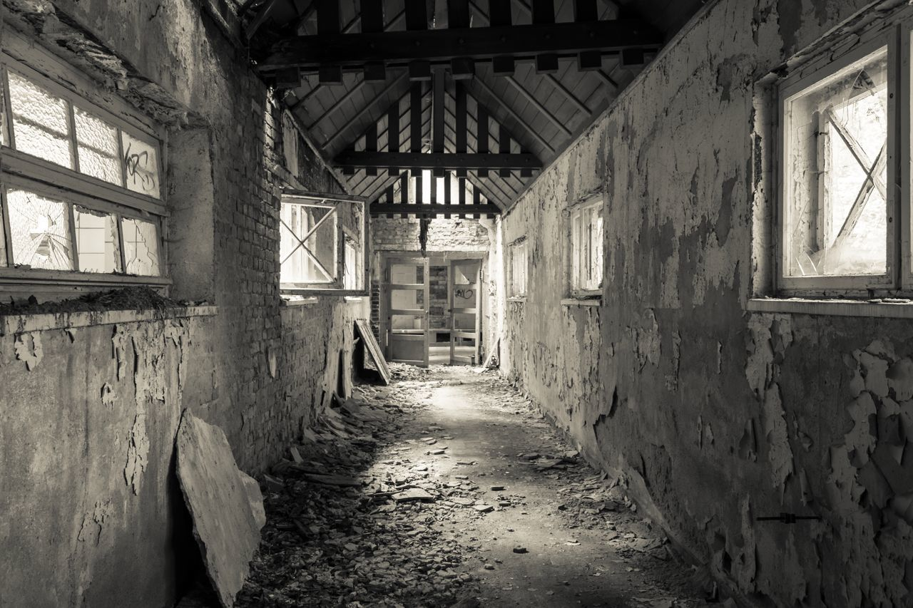 Architecture Baufällig Built Structure Fenster Hidden Places No People Outof Repair Ruin Ruine Ruined Verlassen Verlassene Orte Window