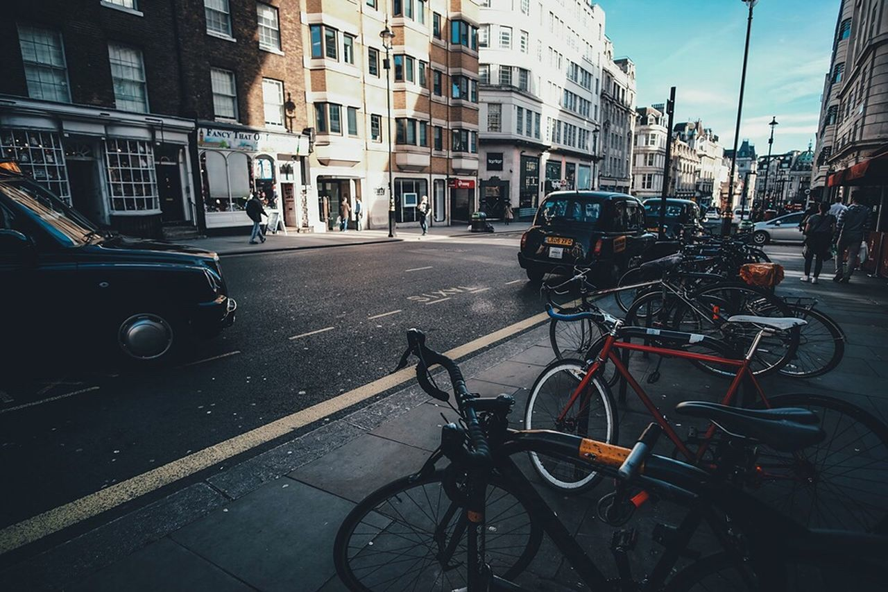 London Snapshots Of Life London Streetphotography Street Transportation City Built Structure Architecture Bicycle Land Vehicle Car City Life Parking Parked Bike Day No People