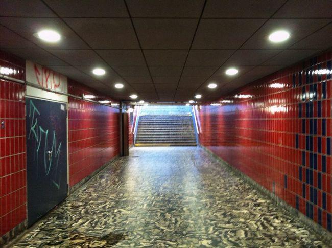 Hamburg Reeperbahn  Bahnhof Tunnel Lights No People Perspective Stairs EyeEm Best Shots Jopesfotos - Perspective