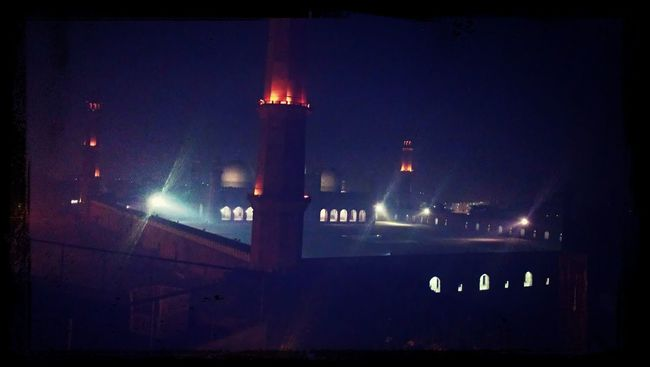 splendid view from roof top fort view.. Mosques Dinner Rooftop View