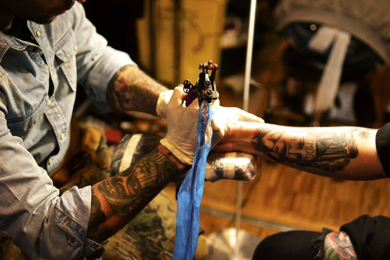 TattooArm Inkarm Mondialdutatouage Man Colors Artworks Inkdrawing Tattoomachine Tattoo Tattooartist  Inked Ink Art Artist