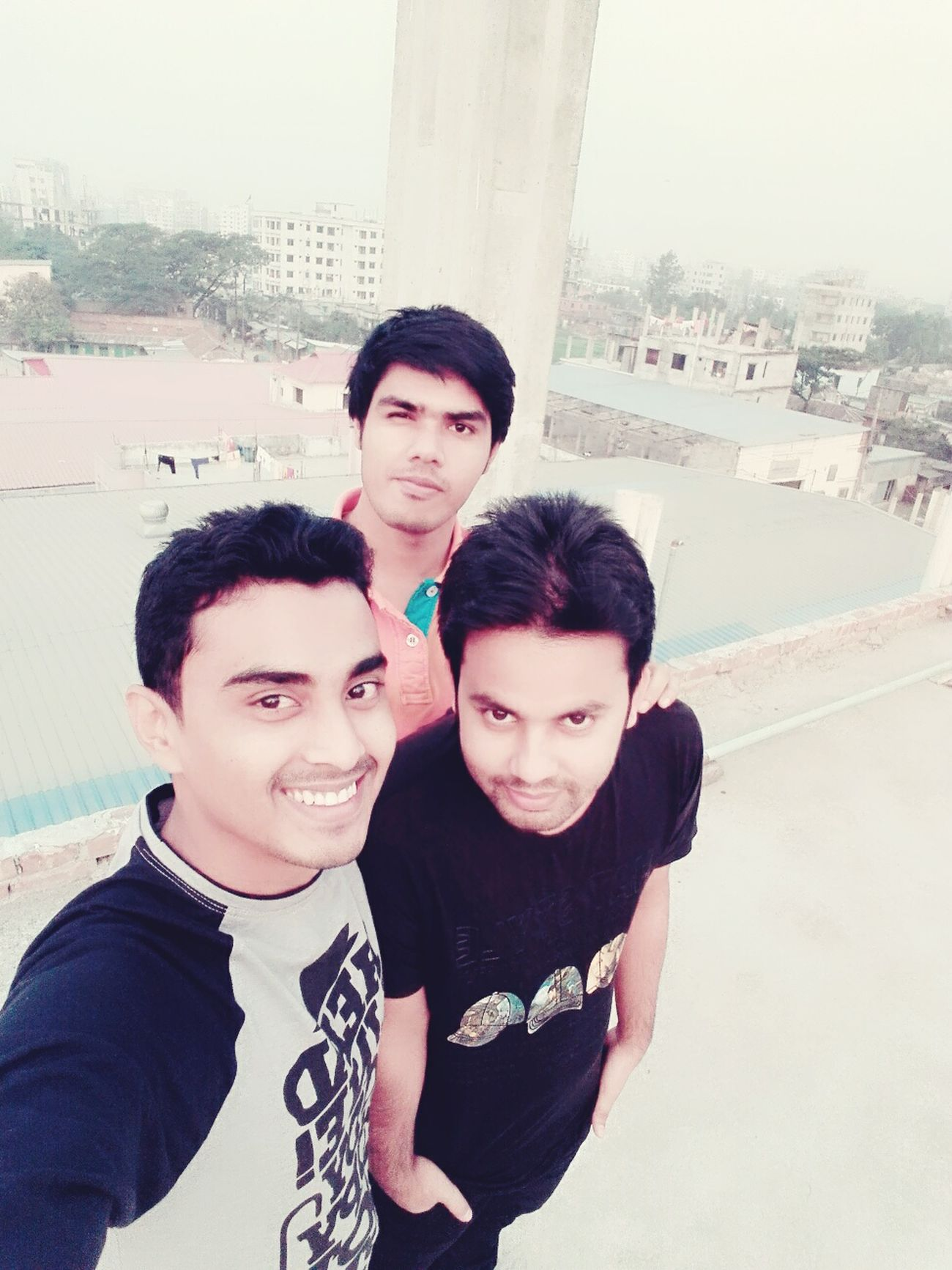 Hello World Taking Photos Check This Out We_are_friends 3idiots 💥 Taking Photos Rofftop Enjoying Life Selfie ✌