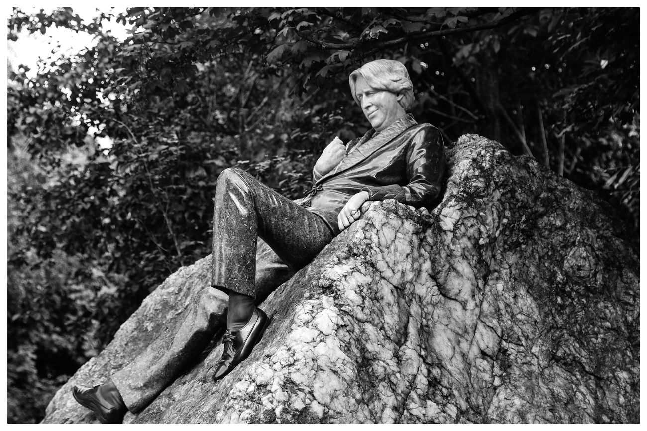 Dublin Oscarwilde Taking Photos Monochrome Streetphotography Taking Photos Blackandwhite
