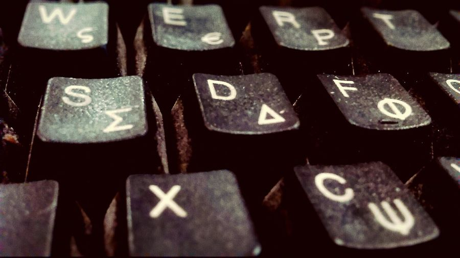 Keyboard Keyboard Attack! Letters Qwerty Check This Out My Smartphone Life Letters Typing Close Up Technology Lieblingsteil